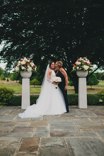 Our beautiful bride, Nicole, looked stunning in her Blush by Hayley Paige wedding gown....