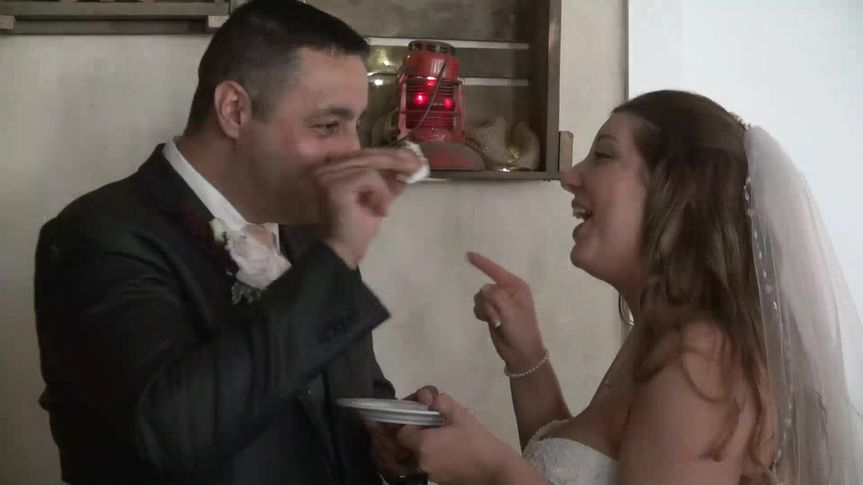Erin and Nazem's cake cutting
