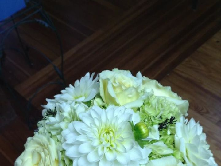 Tmx 1533762790 D456fffe564d5de8 1533762790 Bfec164d3abceecc 1533762788005 11 White And Green Central Square, New York wedding florist