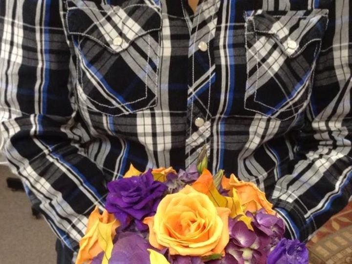 Tmx 1533762791 0c53715c44bbf8a6 1533762790 02dbd3adcfc95d06 1533762788006 12 Orange And Purple Central Square, New York wedding florist