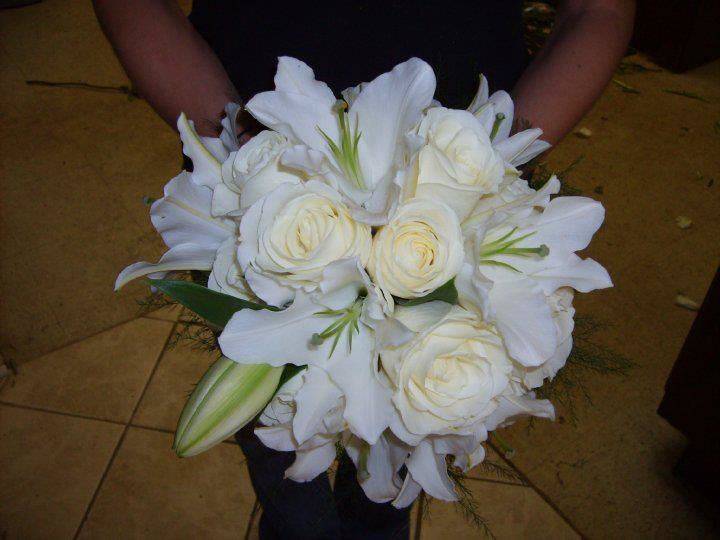 Tmx 1533762968 43a3a40dad4b5345 1533762967 625ca033b32db7c8 1533762966279 23 All White Bouquet Central Square, New York wedding florist