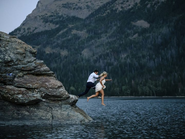 Tmx Glacier Park Elope Montana Wedding Elopement Photographer Planning047 2 51 38184 157932742661762 Whitefish wedding photography