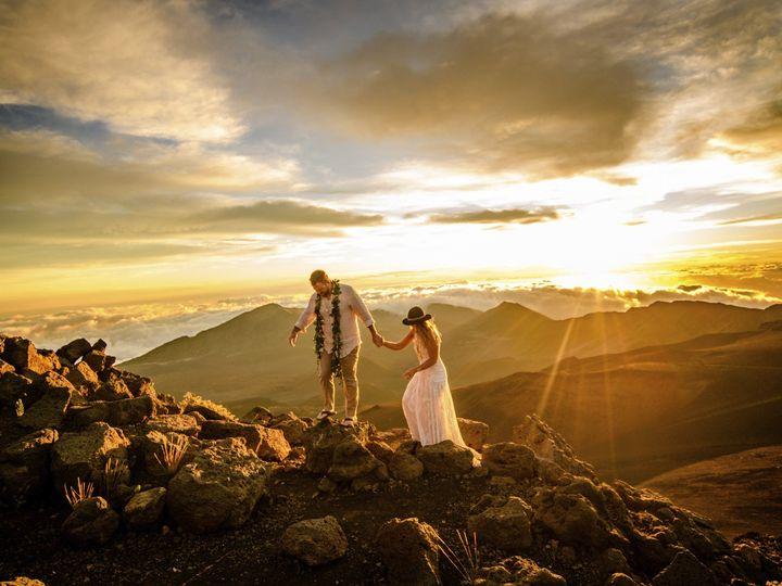 Tmx Hawaii Maui Haleakala Destination Wedding Photographer0018 51 38184 157932746586041 Whitefish wedding photography