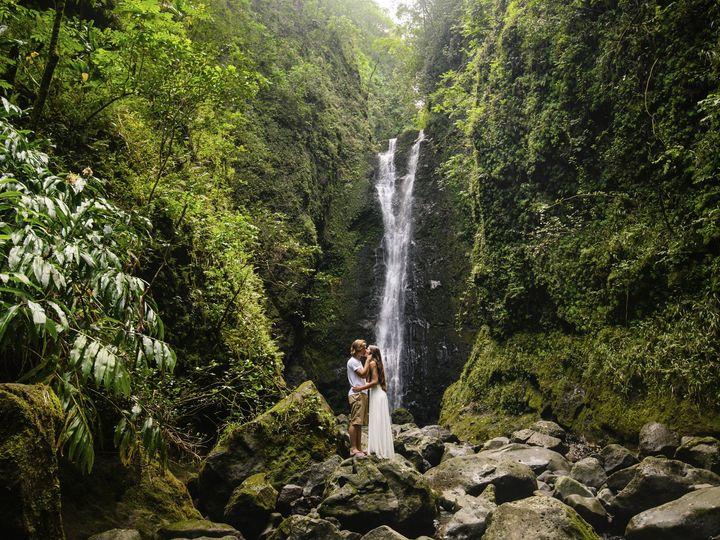 Tmx Hawaii Maui Hana Destination Wedding Photographer0029 51 38184 157932748029297 Whitefish wedding photography