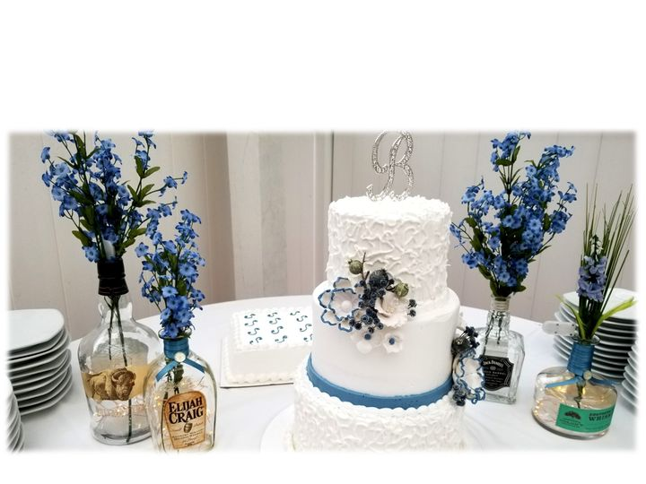 Tmx Whiskey Cake Table 51 748184 158041686165305 Little River, SC wedding venue