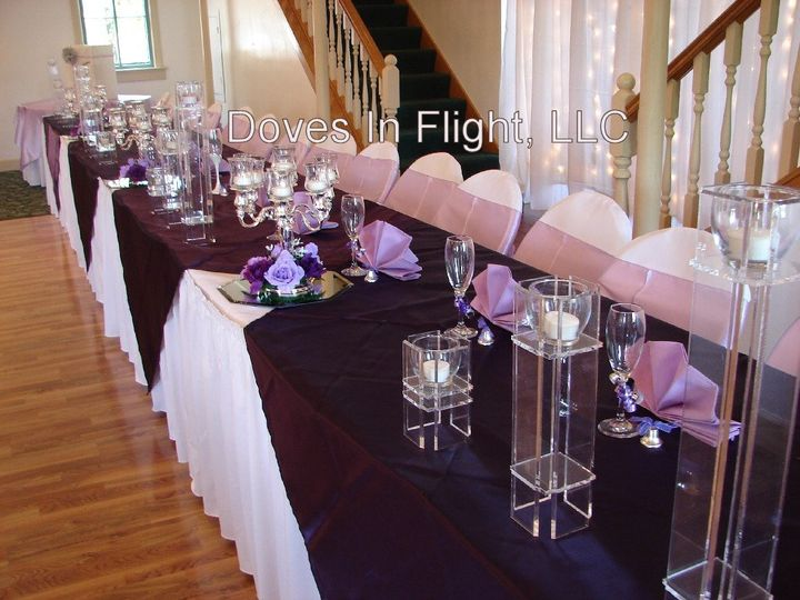 Tmx 1389841564105 Head Table Centerpiece Dimondale, Michigan wedding rental