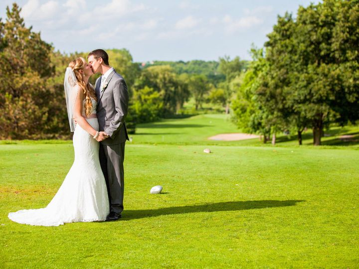 Tmx 1519062631 5cbddd279e8b5847 1513910472265 Rs21949655mg0424 2115101 Menomonee Falls wedding venue