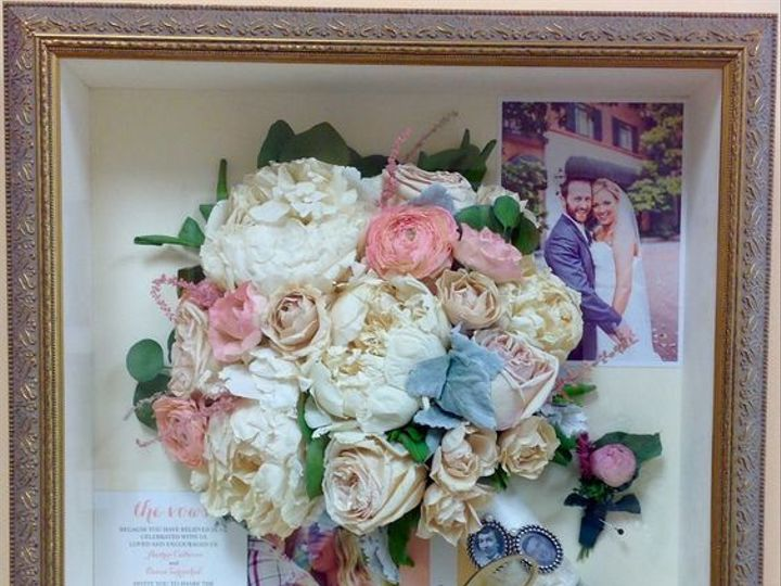 Tmx 1527745558 17949d1172c506a9 1527745557 1e8e906de32e0a4f 1527745553025 4 63ff99067211c67cbe Apex, NC wedding florist