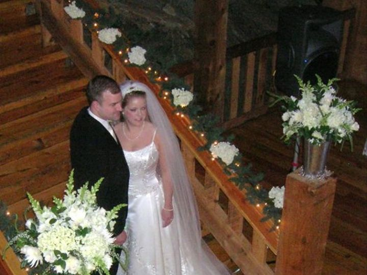 Tmx 1238122371753 Brannandburkewedding046 West Bridgewater wedding florist