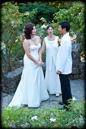 Romantic wedding set in the amphitheater of the Berkeley Rose Garden. It was a perfectly gorgeous...