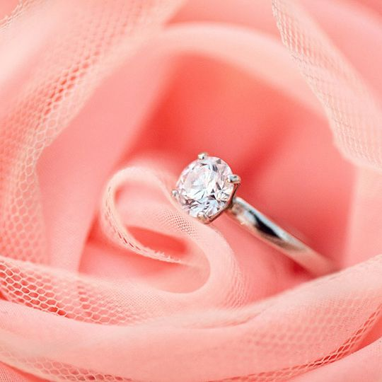 custom round diamond rings in dallas texas