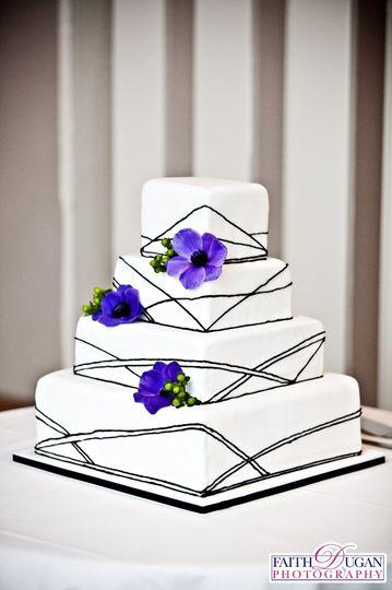 Thin Black Line cake