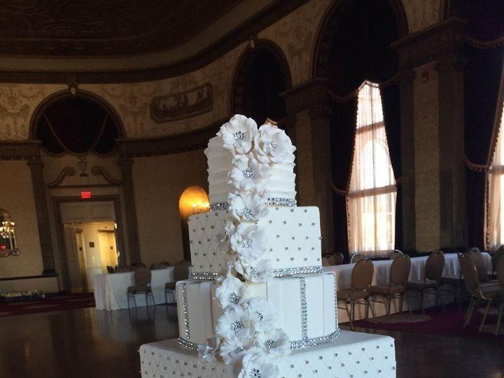 Tmx 1470066573746 12219514101533167271032305777694276818532259n Providence, Rhode Island wedding cake