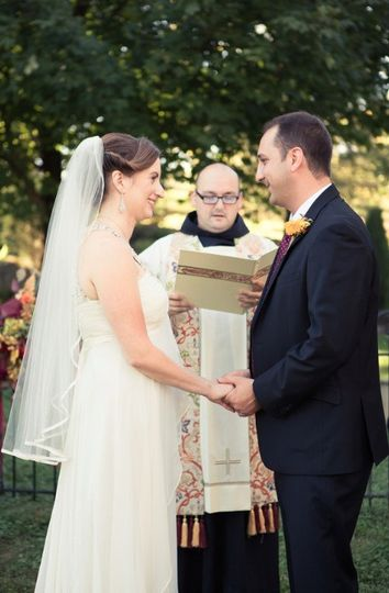 Catholic Wedding Traditions.Contemporary And Traditional Catholic Weddings Officiant