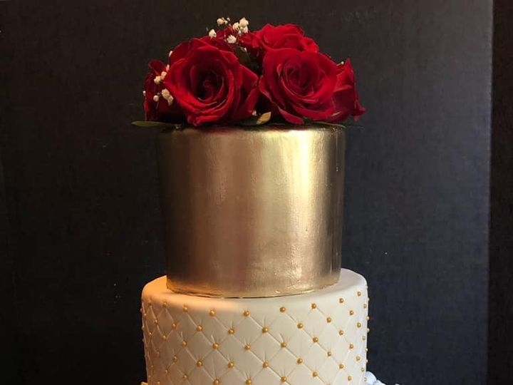 Tmx Gold Cream Cake 51 165384 1567441011 North Bergen, NJ wedding cake