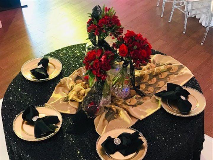 Tmx Black Sequin Gold Charger Table Setting 51 665384 157393424265077 Carrollton, Texas wedding venue