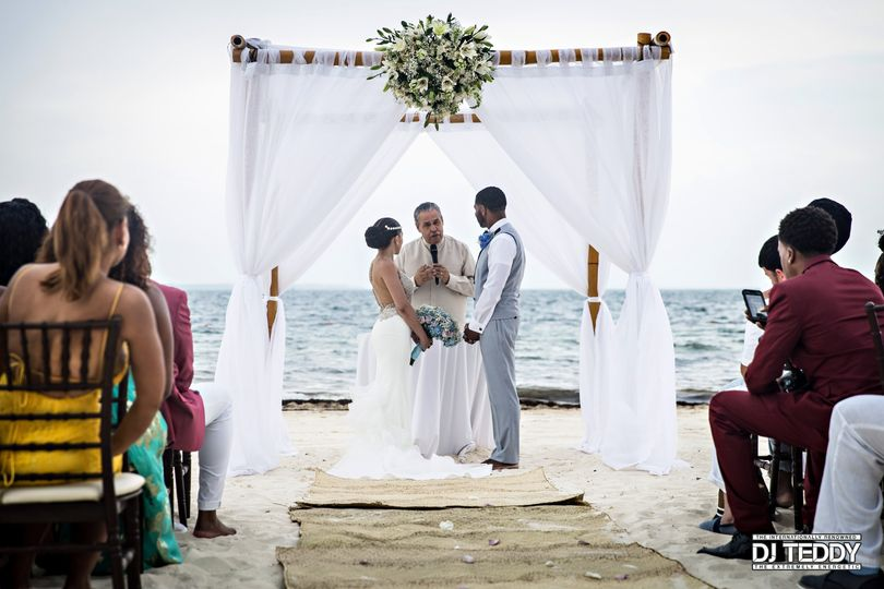 Beach Wedding Ceremony, Cancun