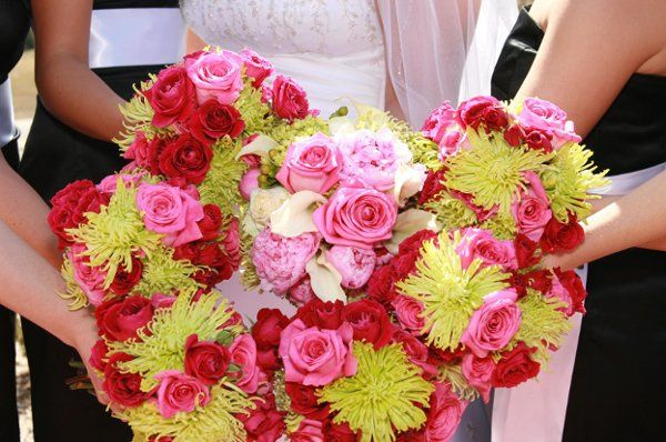 Lime green and pink pops of color for the bride and bridesmaids
