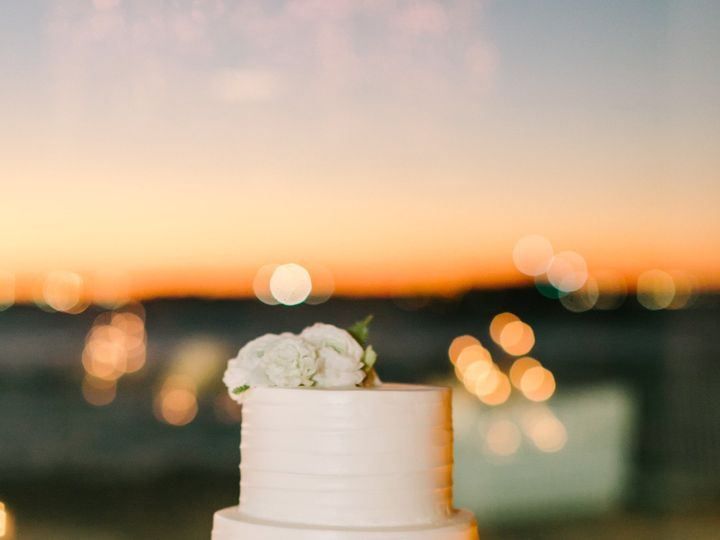Tmx 1484595749803 Lovelightphotographskatiechrisweddingpreview 108 Atlantic Highlands wedding cake
