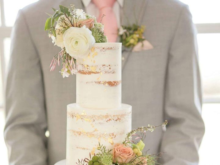 Tmx 27907674 1406478599479490 1275297118074860911 O 51 921484 Henderson, CO wedding cake