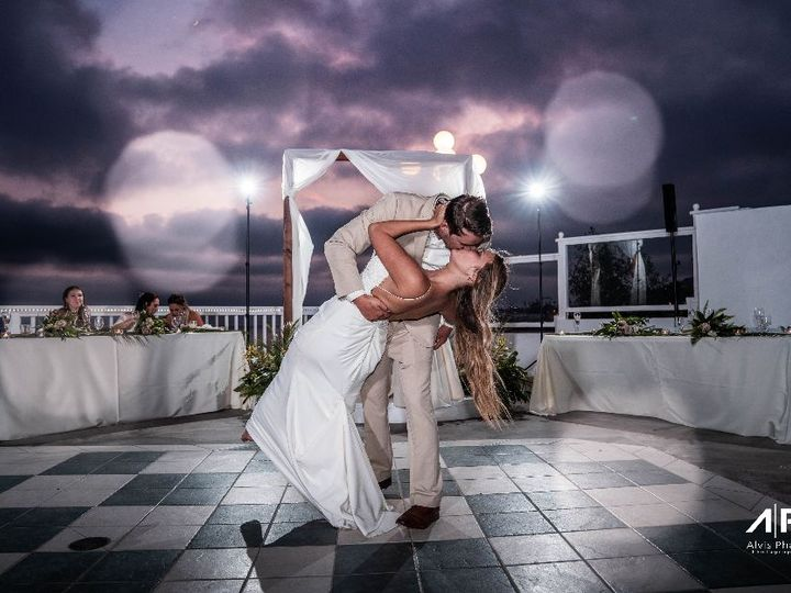 Tmx Pic Romantic Dancefloor Dip 51 42484 Laguna Beach, CA wedding venue