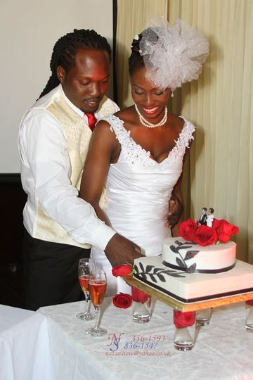 i 39 d rather fall in chocolate wedding cake montego bay ochos rios kingston weddingwire. Black Bedroom Furniture Sets. Home Design Ideas