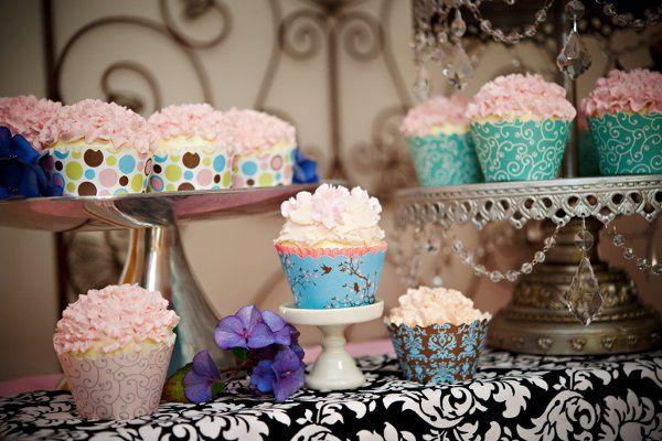 Tmx 1292206378003 CraveSeattle0010BellaCupcake Renton wedding cake