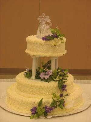 homemadeivoryweddingcake
