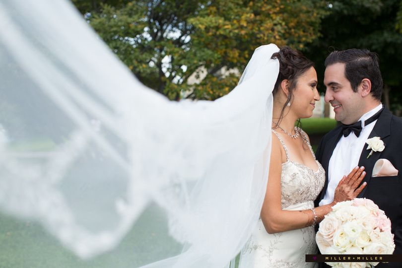 7a697680d3373d5f 1481343876678 millermillerdmm11777 ibby jessie khansa wedding