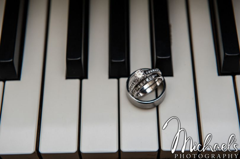 Rings on grande piano