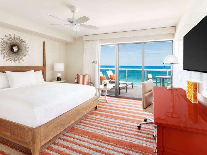 Tmx Hc Guestrom Oceanfront King 51 989584 V1 Miami Beach, FL wedding venue