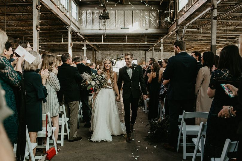 Ali + Wes at The Glass Factory