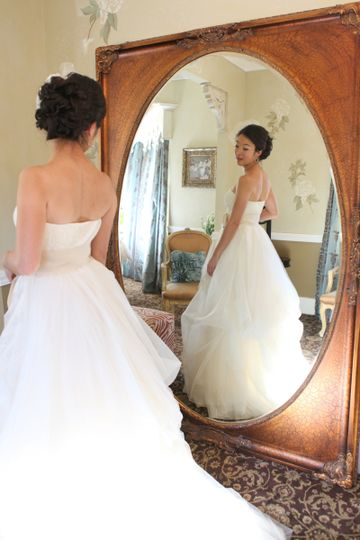 perry house bride in bridal suite wedding dress in