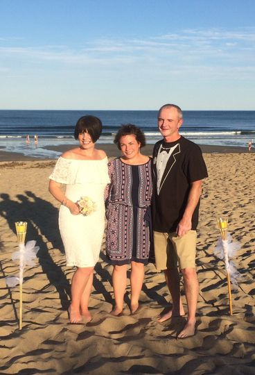 A renewal of vows on old orchard beach for a couple celebrating 20 years!