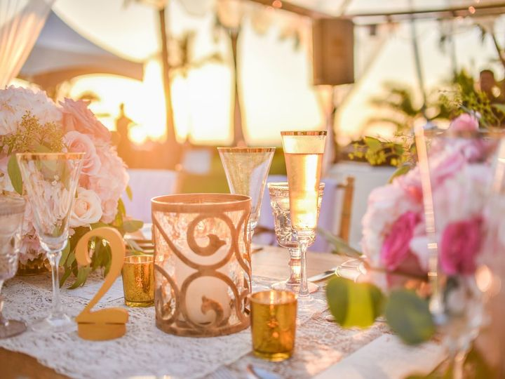 Tmx Hawaii Wedding Floral Design Dinnertable Centerpices 51 904684 159140658230443 Honolulu, HI wedding planner