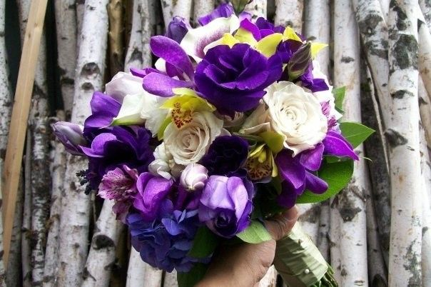 Purple and white flower bouquet
