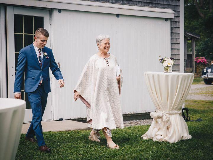 Tmx Ca007 15 59 22 4r6a2686 51 965684 1573143609 Providence, Rhode Island wedding officiant