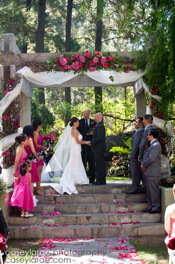 Wedding by the stairs