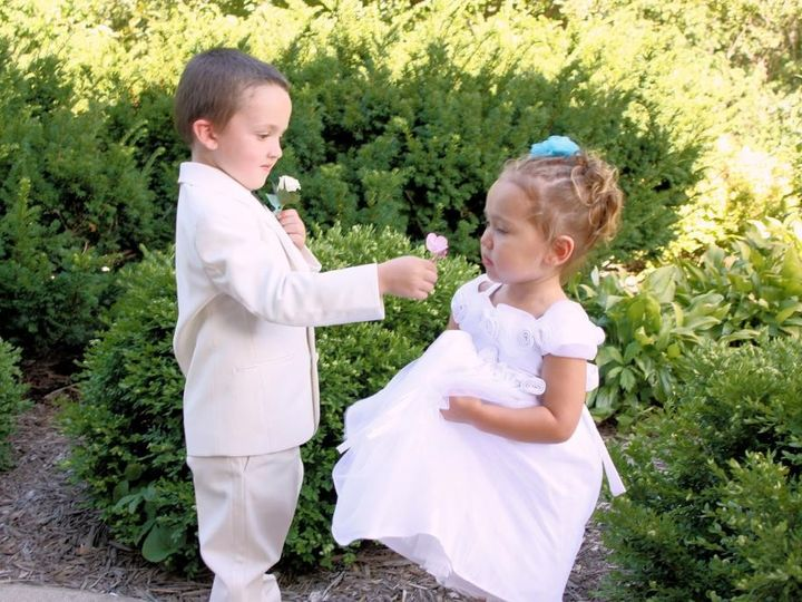 Tmx 1440092620253 Photo 5 Eldridge, Iowa wedding photography