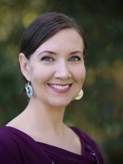 Stephanie got her start as a professional violist with the Amarillo Symphony Orchestra, and at the...