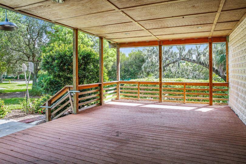Hardwood floor deck
