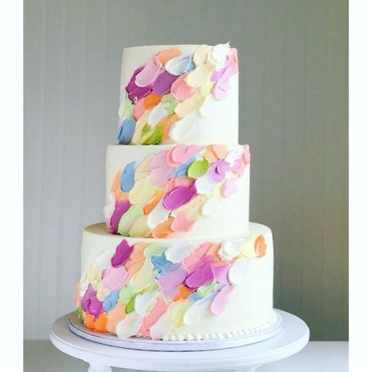 Modern buttercream design