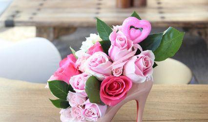 Sassy Dezines Stiletto Vase 1