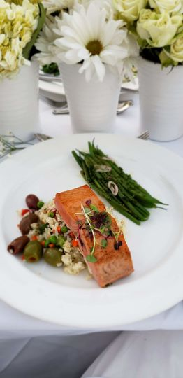 Sample salmon meal
