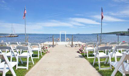 West Bay Beach, a Holiday Inn Resort