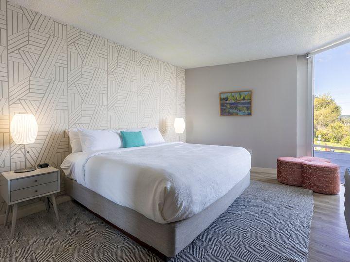 Tmx Executive Suite King Sleeping Room 2 51 911884 160311914710459 Traverse City, MI wedding venue