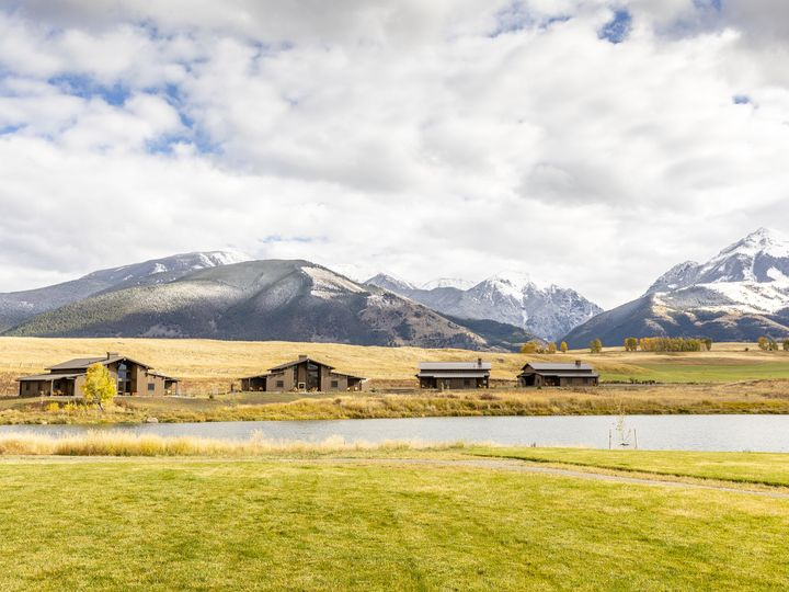 Tmx Ranch Houses Overlooking Pond 3 51 1012884 V1 Pray, MT wedding venue