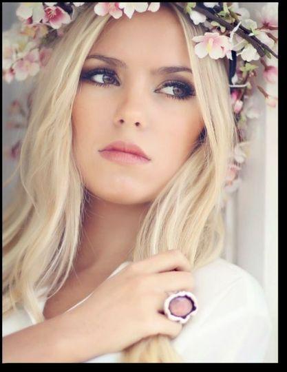 411c42ec6c0156e7 Natural Bridal Makeup