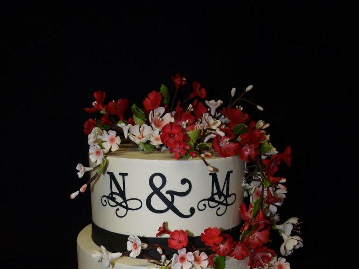 Tmx 1521794560 3b860e1e411c2f5b 1521794558 9938bdfd86a1f6e1 1521794553976 8 Red And White Cher Philadelphia wedding cake