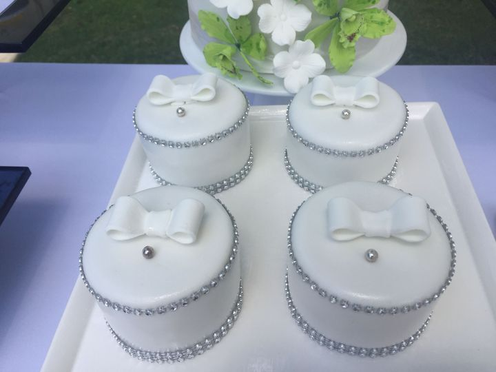 Petite Wedding Dessert